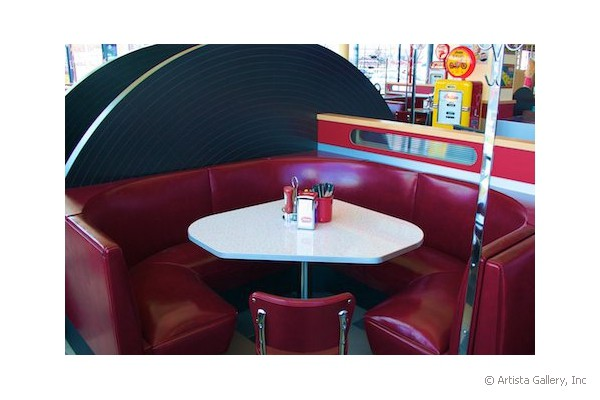 Daddy's Diner in Tempre, Finland 3/4 circle booth