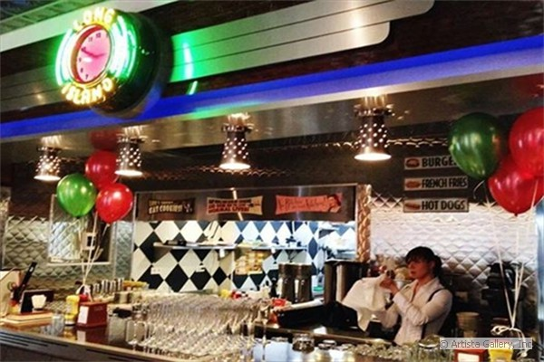 Long Island Diner by New Retro Design